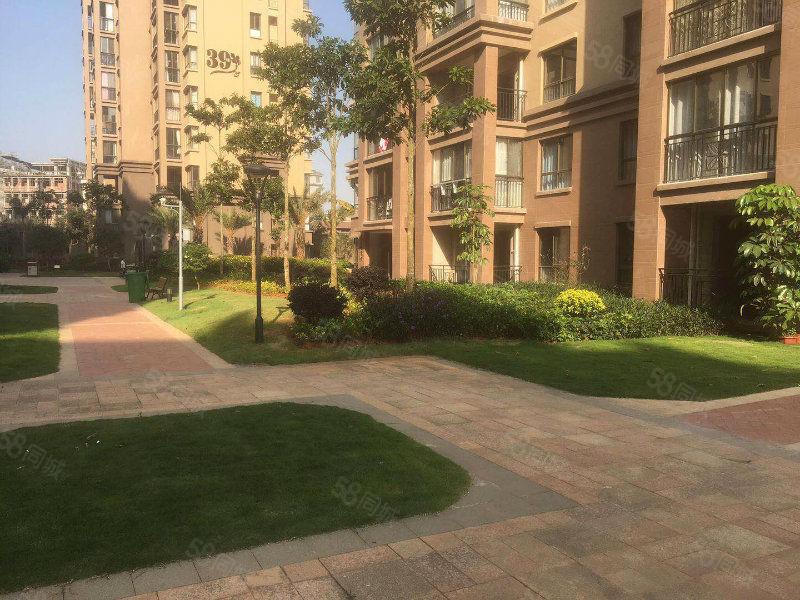公园一号带花园小三房就要68万环境好安静急售