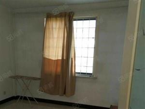 安泰北区四楼,130平简装修,租17000/年
