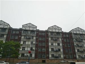 东城府前小区三村3室1厅空调房1.4万
