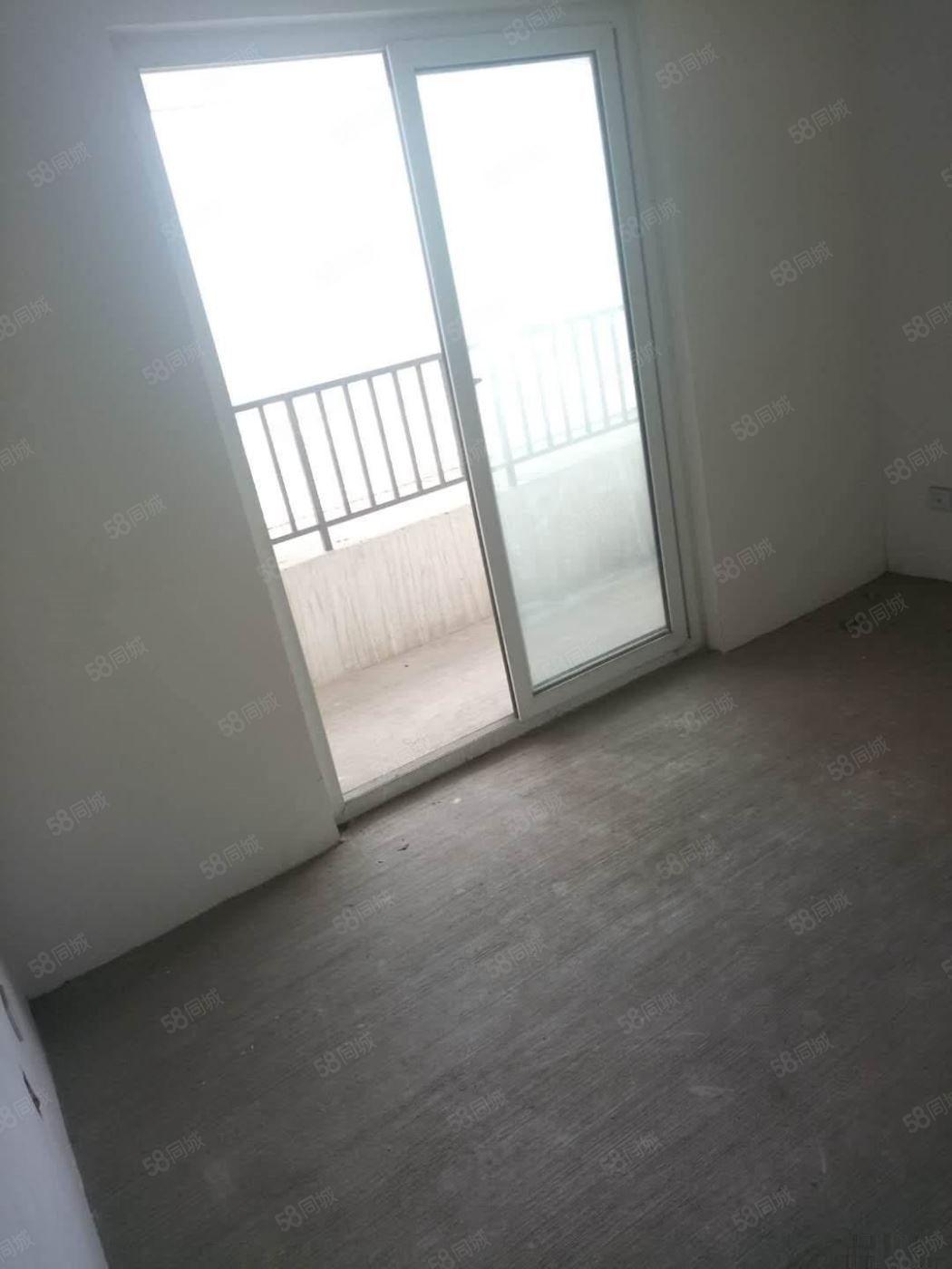 海滨一号1室2厅1卫毛坯,难找的好房子