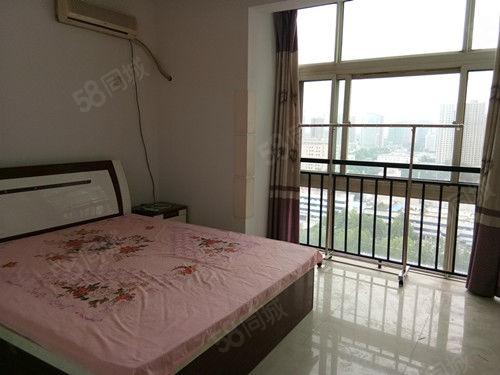 兴远现代城,一室一厅精装修,全套家具家电,干净整洁,拎包入住