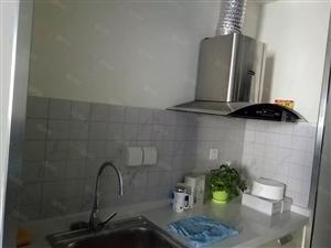 万达精品公寓精装修干净卫生,配套齐全,随时看房