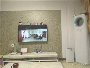东湖阳光3室2厅136平方精装修家具家电水电煤暖2500元
