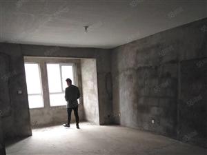 天茂景城小区,三室一厅,出售