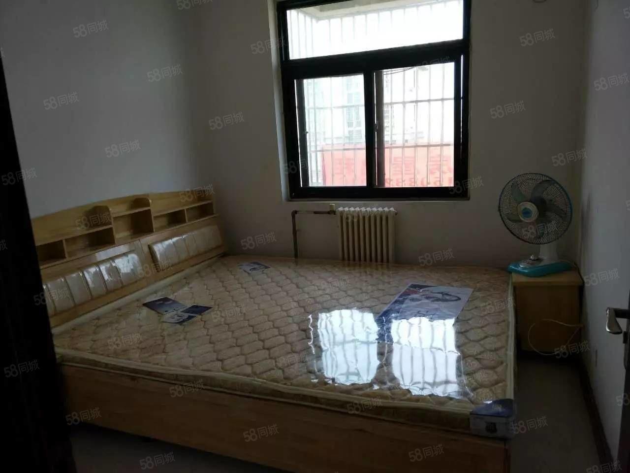 文苑小区两室,家具齐全,郑州一中对面,港区实验小学对面