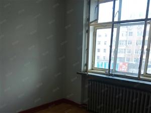 龙沙小区,厢4楼,2室