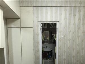 榕御3房,精装修房东自住,拎包入住,全配好房,好房不等。
