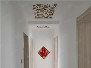 新区槟香园三楼带20平地下室砥价急售,区一中距离50米精装