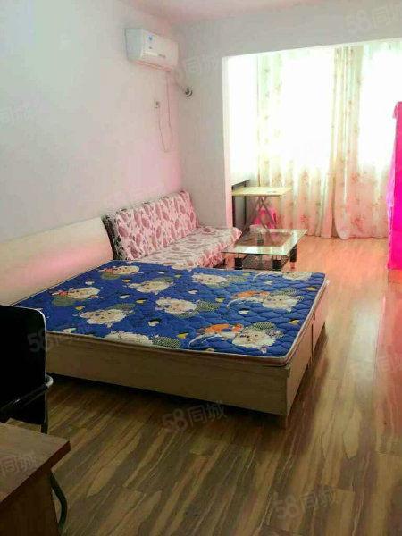 五马路万福大厦一室一厅,家具家电齐全,价格便宜出租,抓紧看房