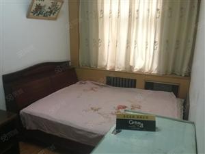淮河路京广路南福华低楼层中装双气三房真实照片只卖两天