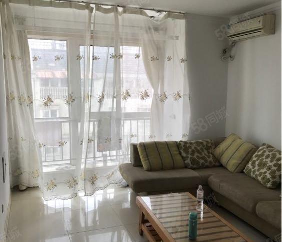 法国小镇1室2厅精装包暖包物业年租14000