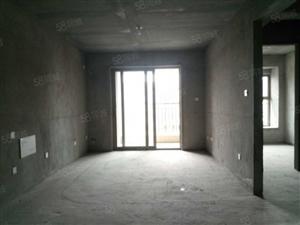 雅居乐象湖畔两房变三房,低于市场价10万,轻轨站旁