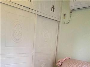 中铁馨苑精装三房业主急售诚心得来价格可谈
