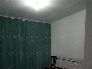 古泉小区简装三室南北通透家电齐全拎包入住位置优越