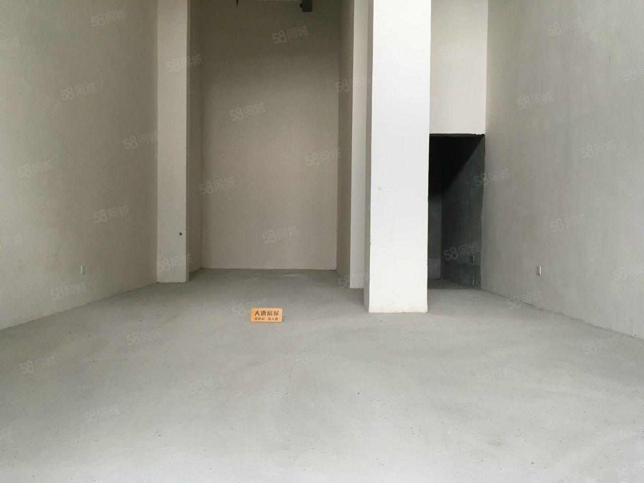一楼出租60平开间大铺子方正位置好租金实惠