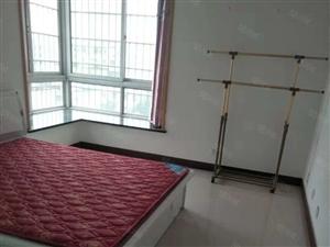 近车站路八中中达明�U新城精装大3房婚房装修超大阳台