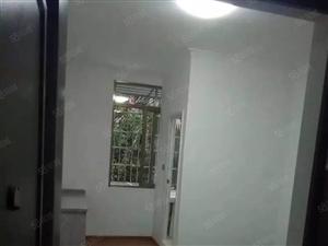 读书不求人西安七中单身公寓19.8万