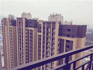 南滨花园毛坯房,113平,边户,光线视线都好,房子通透