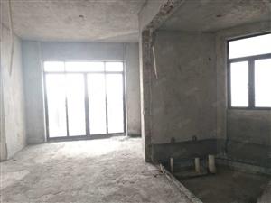 滨海九小海岸一号旁3房毛坯任意装修可改4房