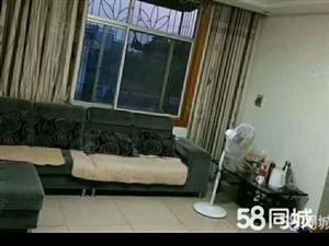 丹阳小学附近学期房两室一厅拎包入住停车方便