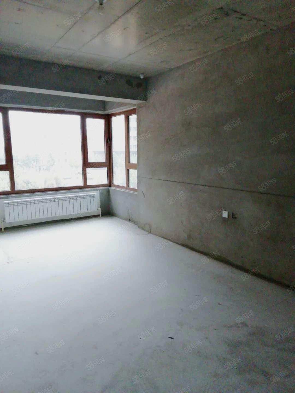 金色世家两室两厅一卫南北通透随时看房,封闭管理,逸夫小学三中