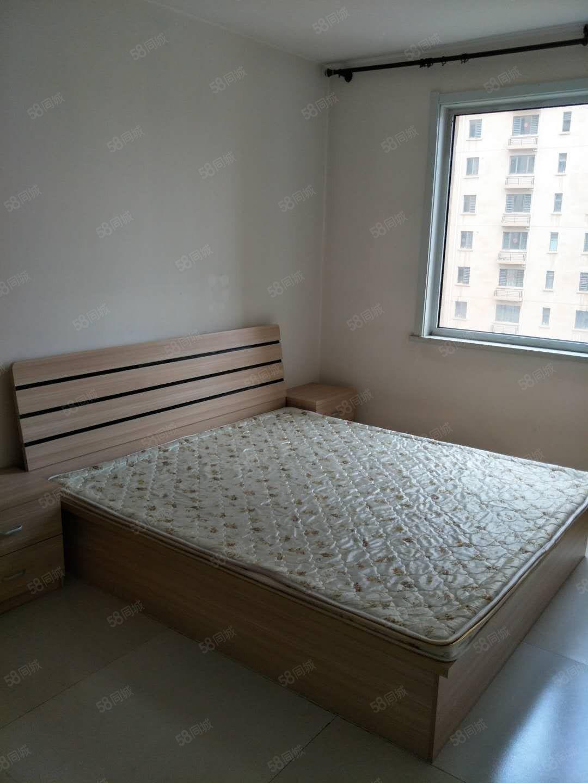 万和城精装住宅三室一厅拎包入住