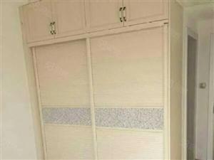 出售未来城一期9楼128平方3室2厅精装房,有储藏室