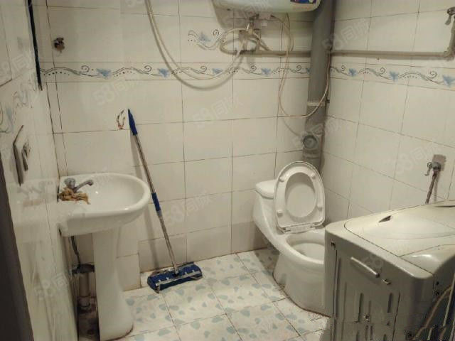 可短租水上公园龙江南里一室一厅押一付三