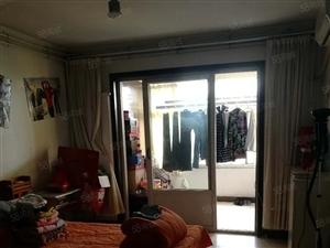 低售金城花园3楼117平米3室2厅精装修