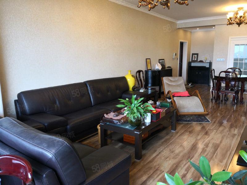 中铁龙城3期威尼斯电梯公寓正江景湿地公园高品质住房