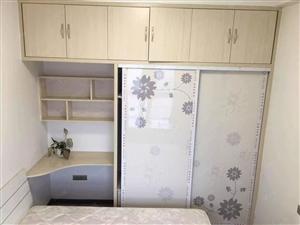 竹林广场一室一厅,精装修,好地段,房,便宜出租。