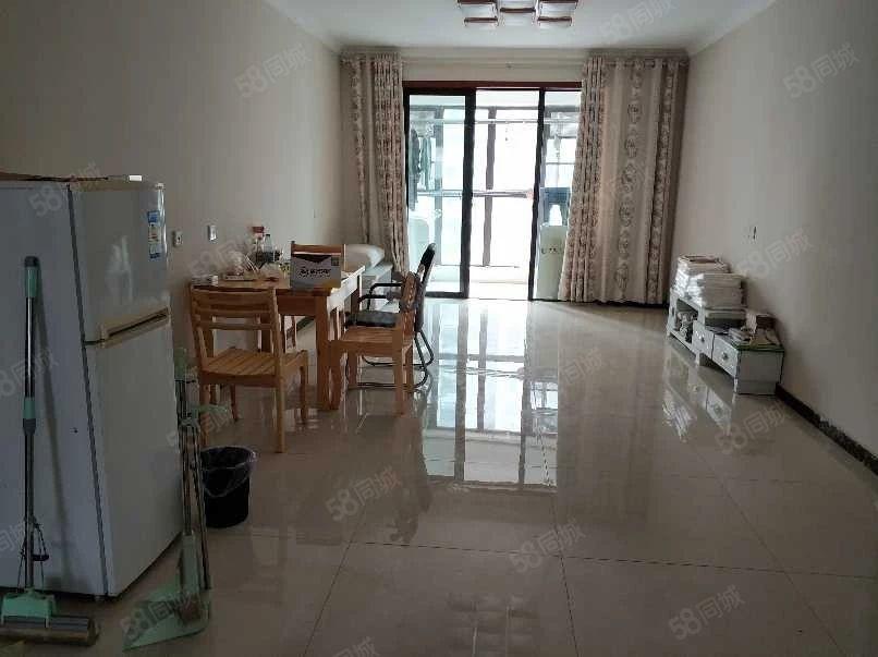 龙湖锦艺城购物中心双湖大道温馨三房随时看房业主诚租