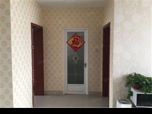 海信盈城阁楼带地下室2室2厅精装可贷款原房图片
