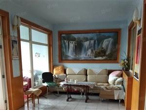 一小附近,大户型4居室,拎包入住,过五年,省税