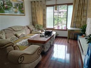 上海路佳佳花园3楼107平方3房2卫关门卖老证急