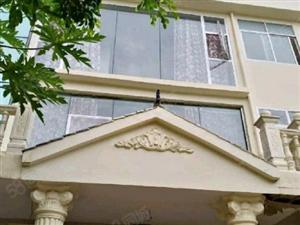 州政府附近4室2厅5卫+270平米+精装修+联排别墅出售