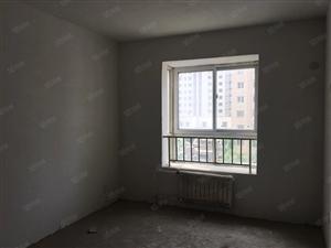出售金济花园12楼毛坯房94平储藏室