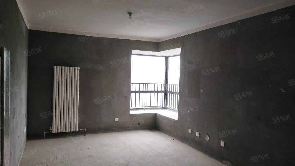 三天必卖房源,航空港稀有两居室现房,中上楼层,有房本满两年