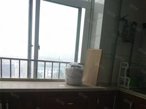 欧龙盛苑大户型4室198平米装修好了有暖