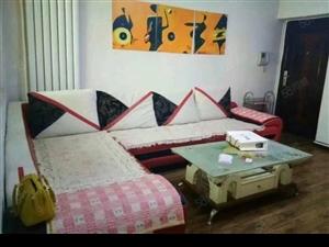 江夏61平米2楼2室带家具拎包入住