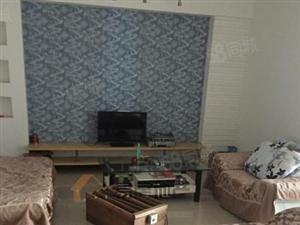 Y建材市场发展小区3楼三室两厅急租900/月