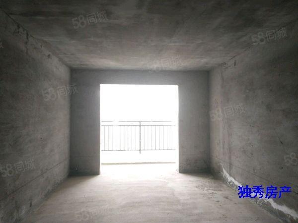 潜山三合大市场四室两厅纯毛坯住房急售楼层好南北通透