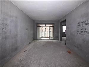 丰源宜合正规三房,两房朝南,好楼层,现只卖八千五百一个平方!