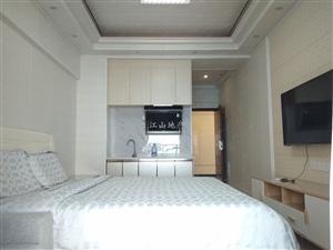 荣盛中央广场精装一室全新无人入住过家私电齐全