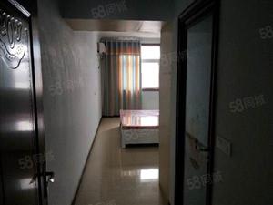 城市花园2号院三室两厅两卫简装含家具家电诚意出售