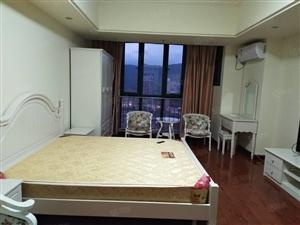万达广场S0H0公寓拎包入住,轻松月付,楼层高,停车方便。