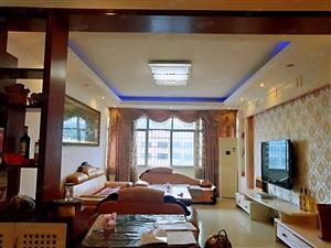 双江学校旁4室2厅2卫好房出售