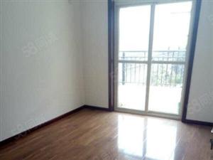 售北苑小区多层4楼3室1厅2卫142平米精装房44万