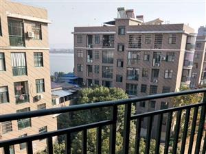 现代城131平,稀缺电梯高层毛坯,仅售39万,看房方便!
