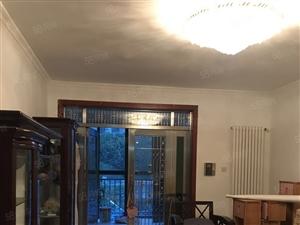 中央特区精装三房带二十平露台阳光房送地下车位加地下室